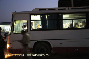 Bus réfugiés Kalak Qaraqosh départ - 22:08:14