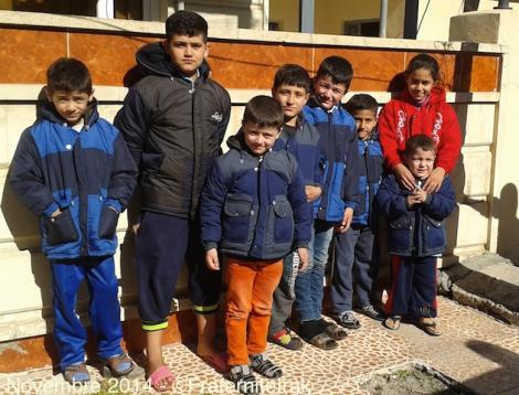 Grâce à vous, Fraternité en Irak récolte 90.000 € pour «Hiver à Ninive» – La distribution de manteaux continue