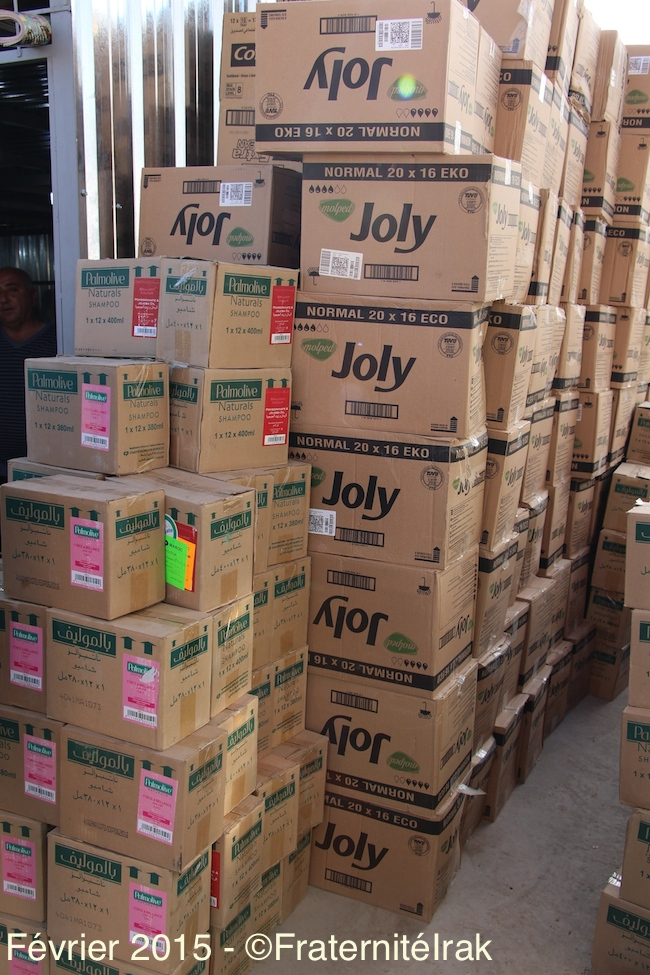 1) annoté cartons-savons-shampoing-stock-Erbil-Ankawa-23:02:15 - copie