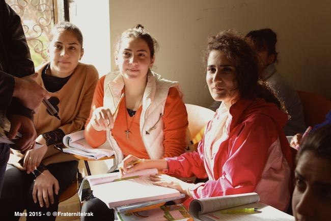 720 réfugiés retrouvent le chemin du lycée grâce à Fraternité en Irak
