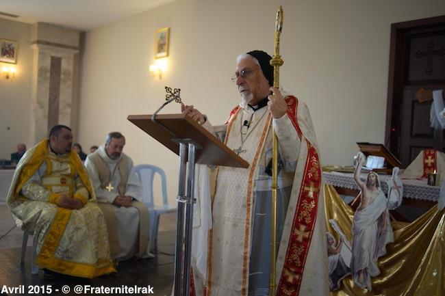 Mgr-Petros-Mouche-messe-dimanche-Paques-5:04:15