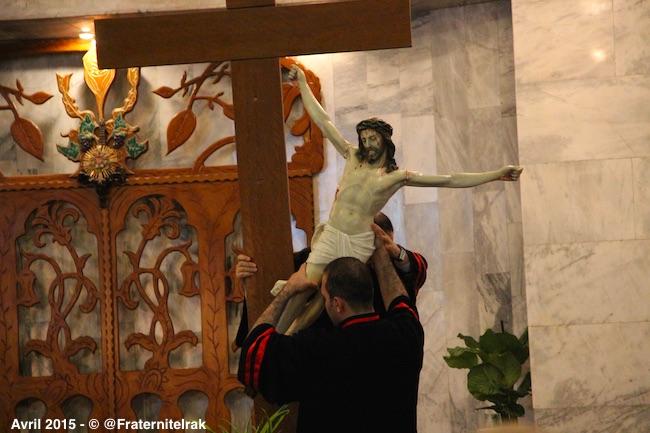 descente-croix)diacre-kirkoul-vendredi-saint-paques-avril-2015