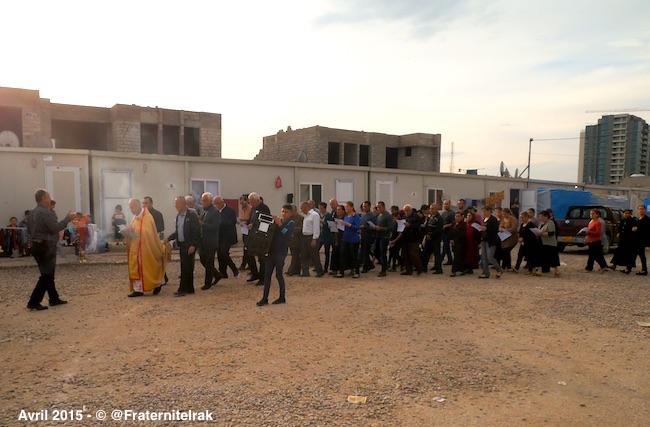 procession-vendredi-saint-ashti-erbil-ab-jalal-paques-avril-2015