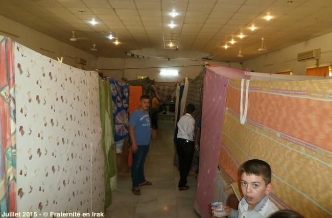 premiere-communion-logement-deplaces-irak-juillet-2015