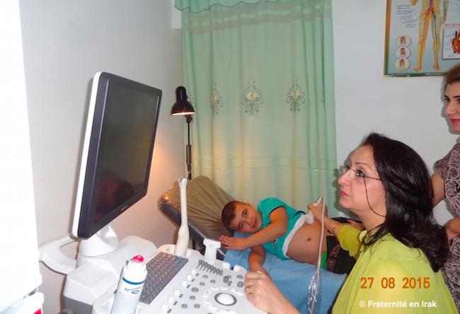 Un nouvel échographe pour le dispensaire de Kirkouk