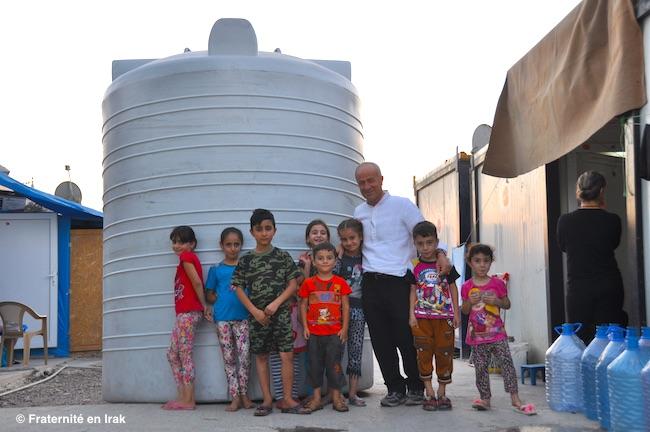 L'eau, un défi quotidien pour les déplacés dans les camps
