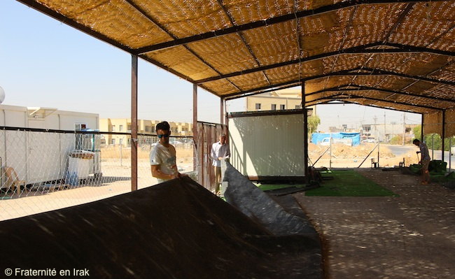 nettoyage-pose-moquette-centre-activite-Erbil-mi-aout-2015