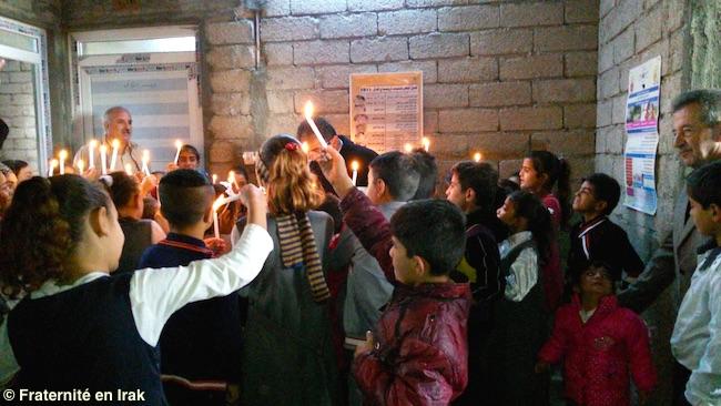 enfants-yezidis-bozan-ecole-hommage-france-bougie