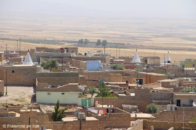 vue-village-Bozan-plaine-Ninive-aout-15