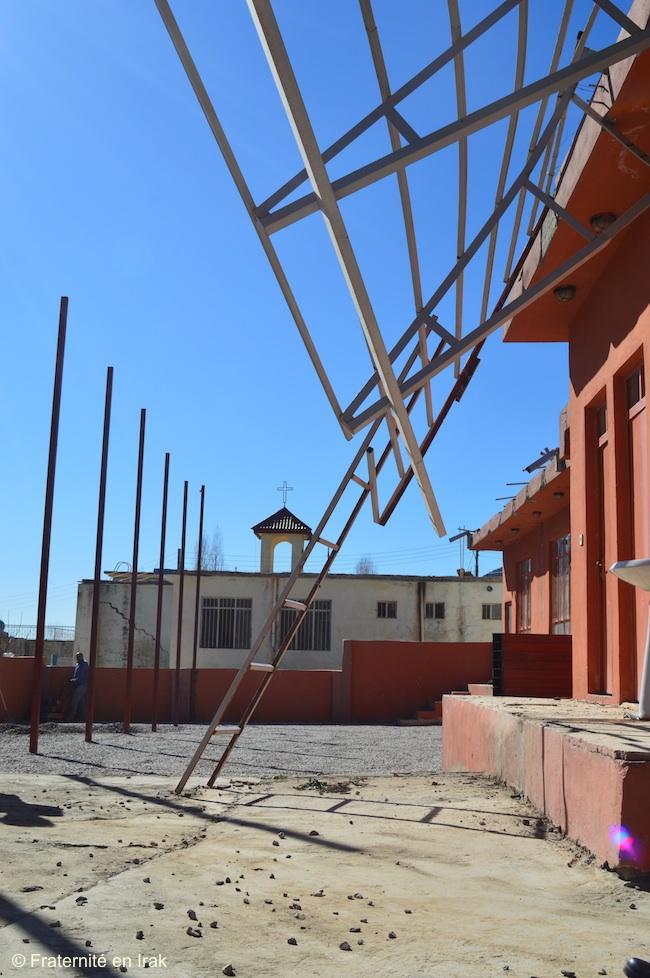 avancement-travaux-toit-salle-paroissiale-sharanish-1-mars-2016