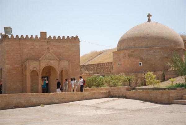 mar-behnam-2011-fraternite-irak