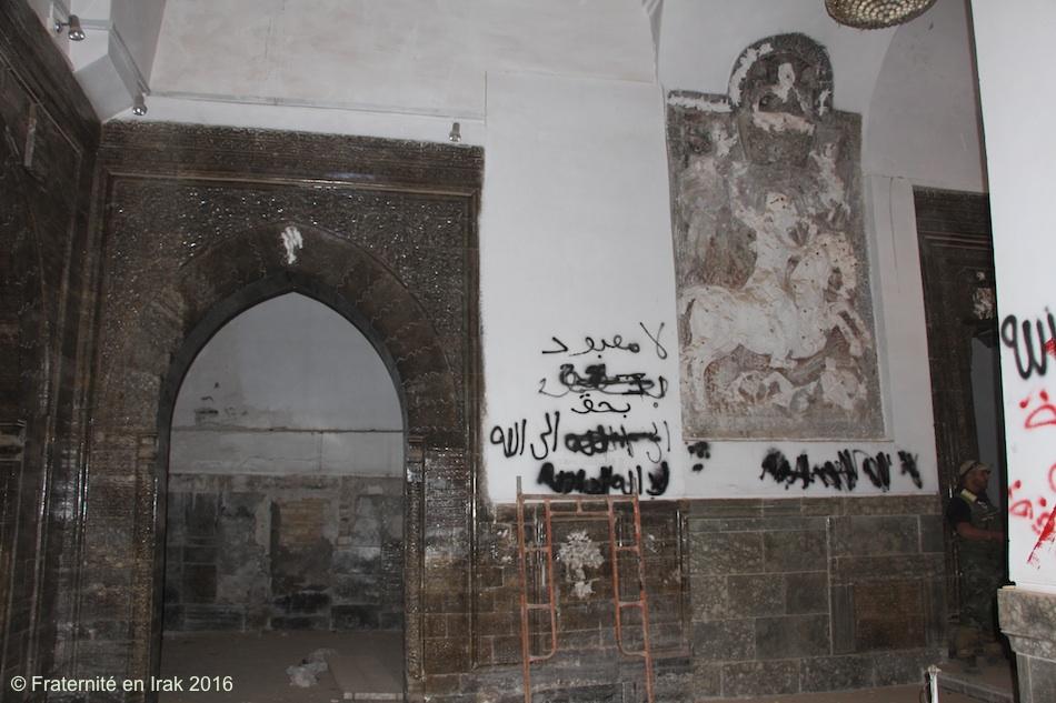 statue-mar-behnam-profanee-novmbre-2016-fraternite-en-irak