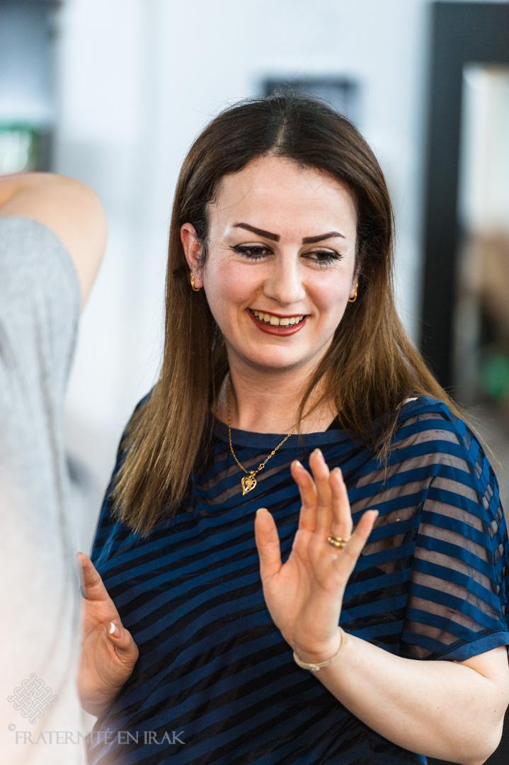 Evelyn, une coiffeuse passionnée au service des déplacés