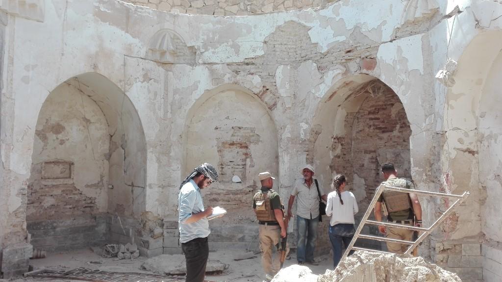 Guillaume-Laure-l'archéologue Abdul salam Simaan et les gardes NPU