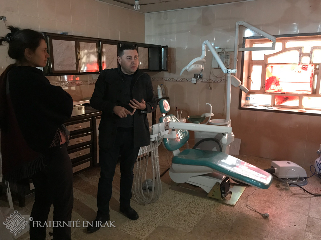 A Qaraqosh, Fraternité en Irak finance le service dentaire de l'hôpital Al-Hamdaniya
