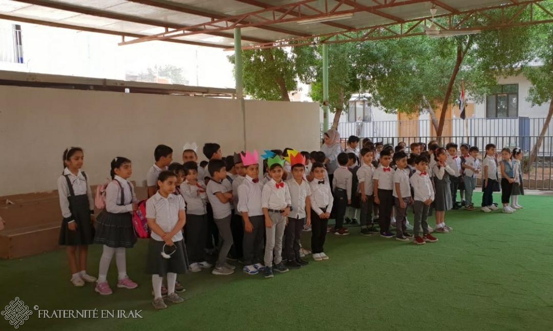 Les élèves font leur rentrée dans l'école de Bassorah agrandie