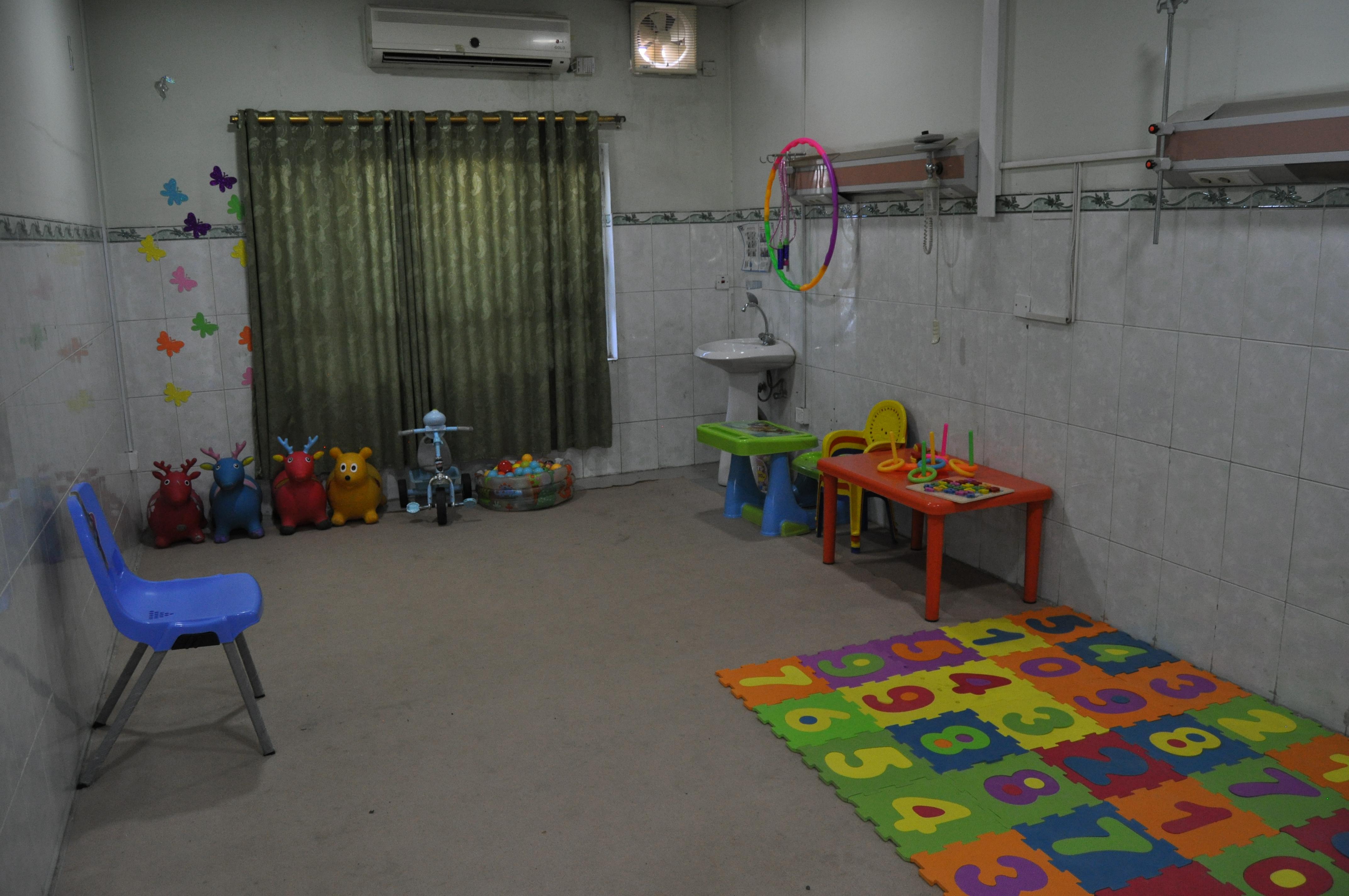 Kirkouk_Centre_autisme_salle1_thérapie